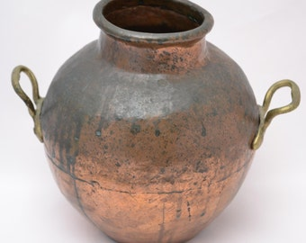 Vintage Rustic Hammered Copper Dovetail Jug, Pot, Urn, or Vase with Brass Handles and a Beautiful Patina