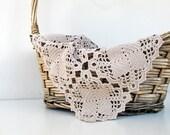 Vintage Crochet Table Runner,Crochet Dresser Scarf,Vintage Inspired Decor,Vintage Wedding,Table Doily,Wedding Table Decor