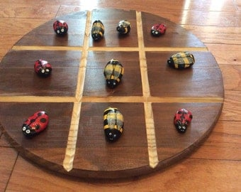 Bumble Bee & Lady Bug Tic Tac To game