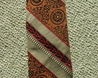 1970s Men's Necktie by Troy