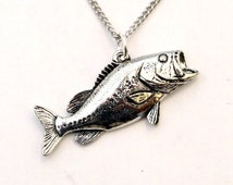 Largemouth Bass Fish Necklace in English Pewter, Handmade and Gift Boxed (tsh)