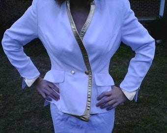 Bloomingdales White Petite Ladies Suit with Metallic Gold Italian Leather Trim