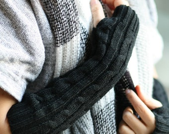 G7  Black   Long Hand-knitted  Gloves  Wrist Warmers  Arm warmmers