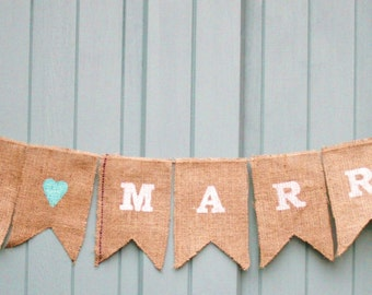 Burlap Handmade 'Just Married' Wedding Bunting