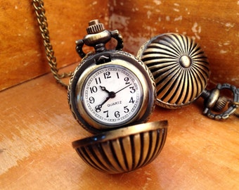1 Pc Vintage Round Pocket Watch Necklace Bronze Pendant Sphere  CHAIN & BATTERY INCLUDED