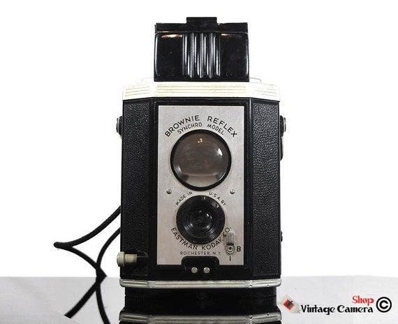 Kodak Brownie Reflex Synchro Model TLR -  vintage camera - Film photography