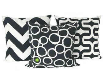 1 pillowcase circles FREEHAND 40 x 40 cm black and white