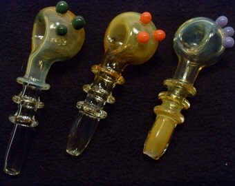Color Changing Spoon Pipe w/3 Maria's and 3 marbles