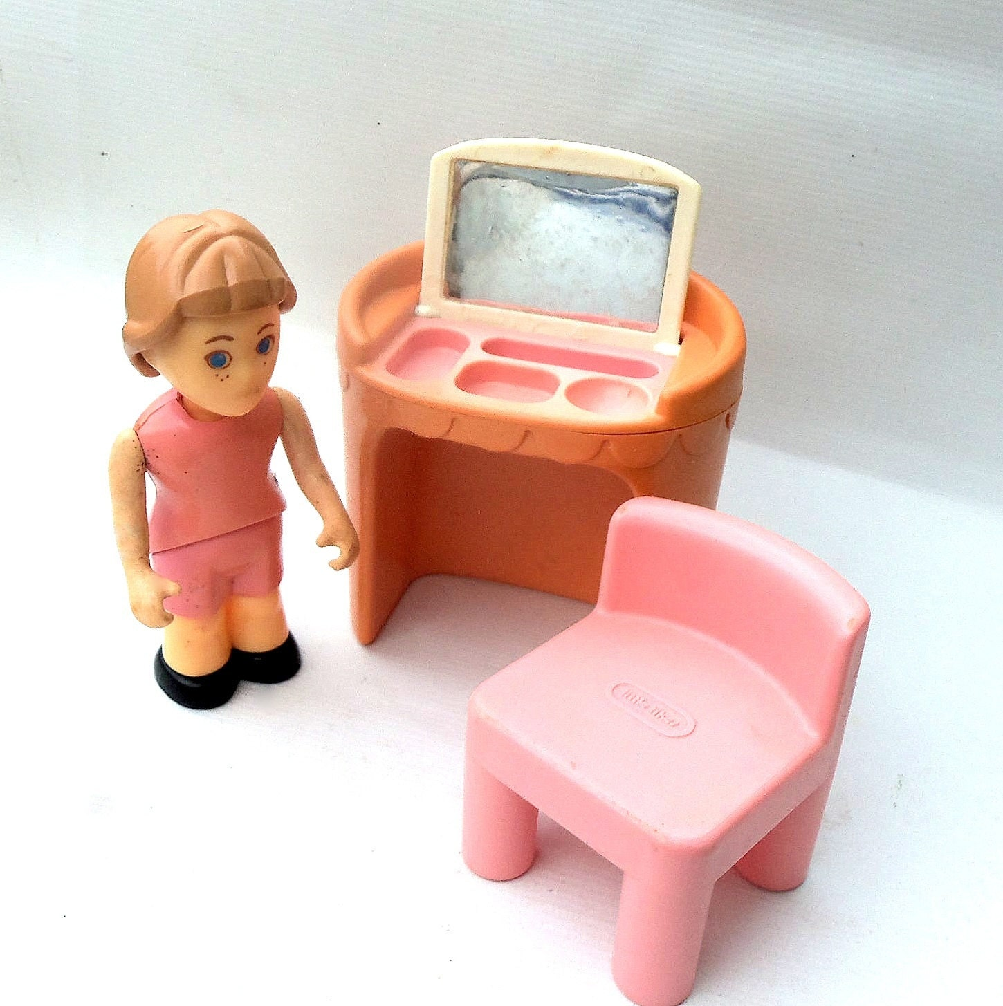 Dollhouse Furniture Doll Little Tikes Pink Vanity And Chair