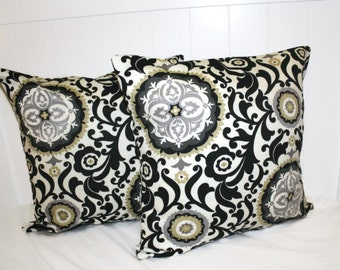 Decorative 18X18 Black and Cream Medallion Pillow Cover Set