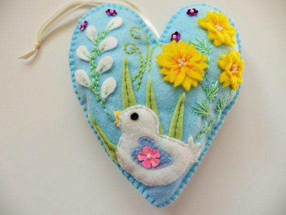 Felt Heart Chick Ornament / Easter Ornament / Valentine Ornament / Spring Decor / Ready to Ship
