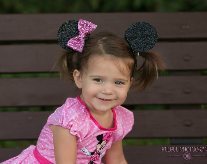 Minnie Mouse Ear Clips