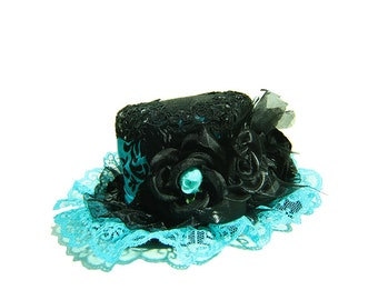 Damask Mini Top Hat Light Blue
