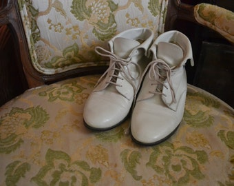 Vintage Leather Booties Size 6