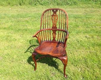 Cabriole leg Windsor chair