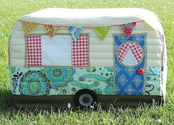 Vintage Caravan Sewing Machine Cover Pattern