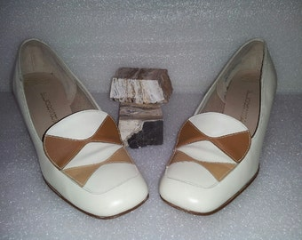 Florsheim leather heels / wide heel / two tone / cream / brown / pumps / womens 7.5 B