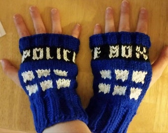 Dr. Who Tardis Gloves (OWN PATTERN)