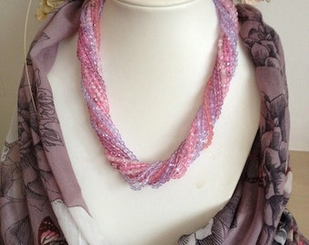 Pretty In Pinks Necklace
