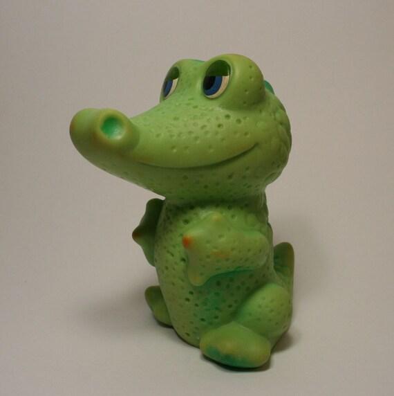 Crocodile. Jouet Russie soviétique. En URSS
