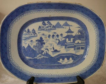 Antique 19th century Chinese Export Porcelain Canton Blue and White porcelain Plate