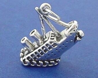 TITANIC Charm .925 Sterling Silver, Sinking SHIP Ocean Liner, Cruise ship Pendant - lp2637
