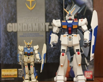 Bandai Gundam RX-78 NT-1 Mobile Suit 1/100 Scale Model MG Master Grade