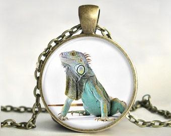 Iguana Pendant, Art Pendant, Iguana  Necklace, Iguana Jewelry,Gift for Iguana Lover,Reptile,Picture Pendant,Iguana Photo Jewelry,Print,Glass