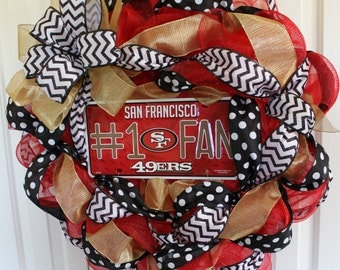 San Francisco 49ers wreath. Custom professional or college sport team deco mesh wreath.  San Fracisco 49ers wreath.  Made to order wreath