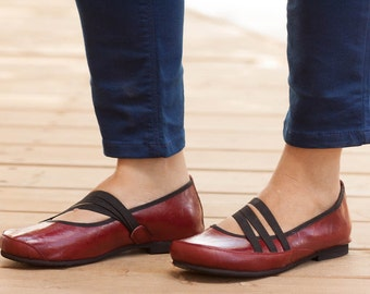 Red Vegan Leather Shoes, Flat Shoes, Red Shoes, Loafers, Soft Shoes