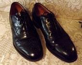 Mens Black Brogue LWB Wingtip Oxford  Size 8.5  by Johnson Murphy