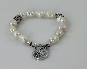 White Pearl Bracelet, June Birthstone Bracelet, Pearl & 925 Silver Bracelet, Oxidized Hammered 925 Silver Bracelet, Bridesmaid Bracelet