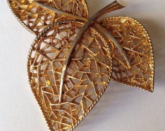 Vintage Leaf Shape gold Tome Brooch