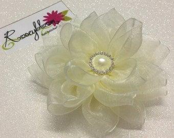 Wedding Accessories-Bridal Hair Piece-Bride Hair Clip-Flower Hair Clip-Bridesmaid Hair Clip-Ivory Hair Clip-Ivory Flower Bridal Hair Clip