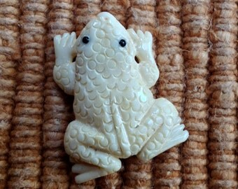 Hand Carved Bone Frog or Toad Bead - 1 inch - 25 mm