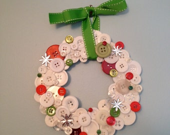 Snowy Winter Button Wreath