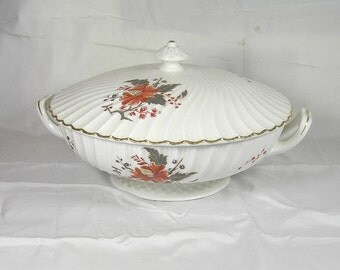 Royal Worcester ' Lynbrook ' Pattern Fine Bone China Covered Vegetable Dish with Lid