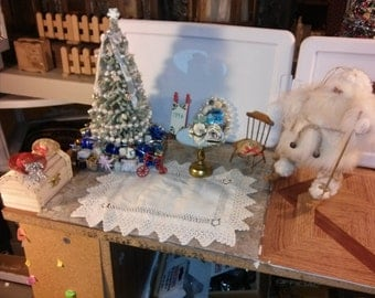 High Quality dollhouse furniture living room set wood chair christmas tree scene mirror chest trunk hat gifts holiday cute ooak 1/12 scale