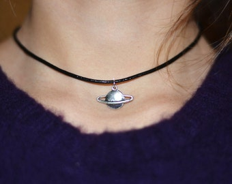 Planet Saturn Choker Necklace -90's Grunge Necklace - Chokers