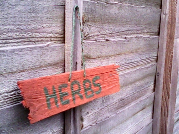 Garden sign upcycled garden decor by rugswithhugs on etsy for Upcycled yard decor