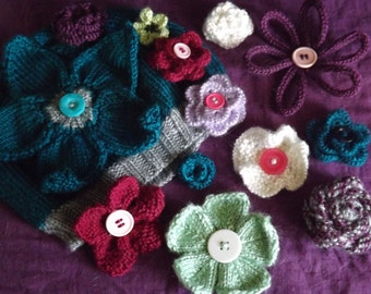 PATTERNS - Knitted Flowers - Flower Patterns - Knitted Flower Patterns - Knit Flower