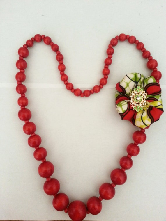 Ladylike Necklace & brooch( Red or Brown)
