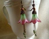 Green and Lavendar Lucite Flower Earrings