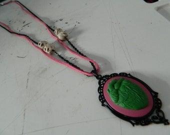 Heart long cameo necklace