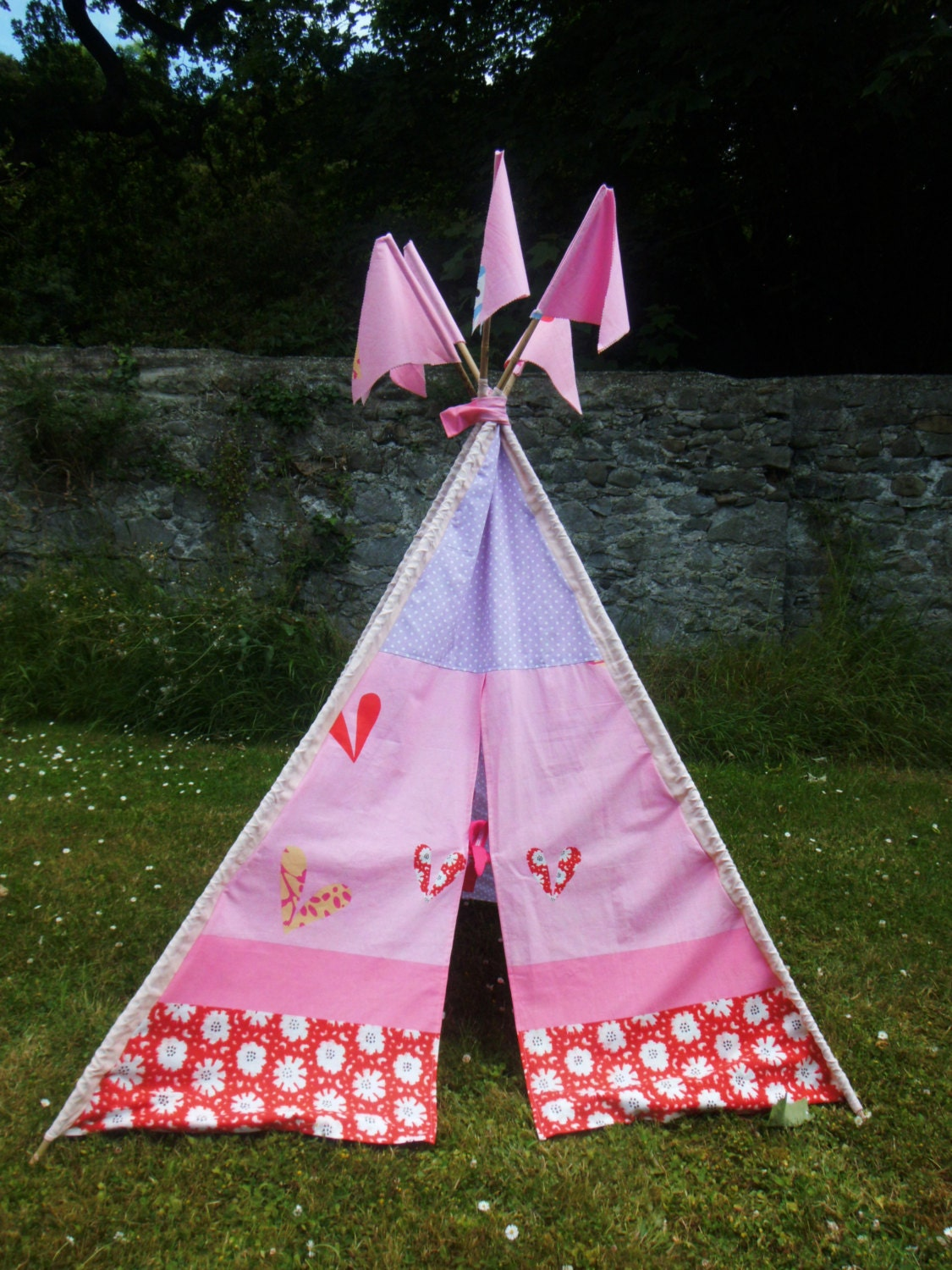 Sale children 39 s cotton fabric teepee with matching for Childrens fabric sale