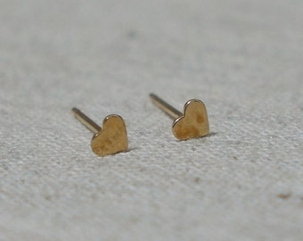 10K Gold Tiny Heart stud earrings, solid Gold, 10k real Gold - TG016
