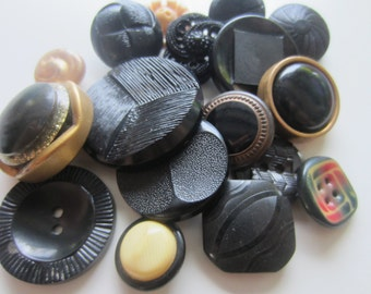 vintage buttons. Sophisticated assorted black and gold, lot of 16 (607)