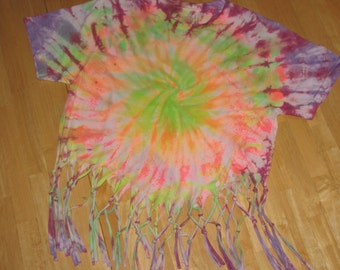 Tie-dye& fringed t-shirt size small