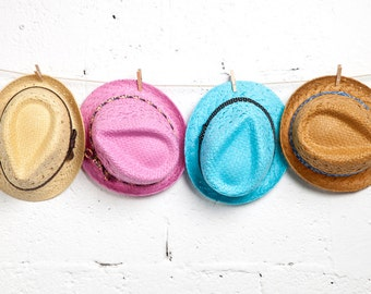 Fedora hats , Straw hats for women in many different colors.