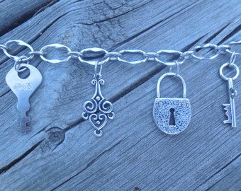Silver Key to My Heart Bracelet